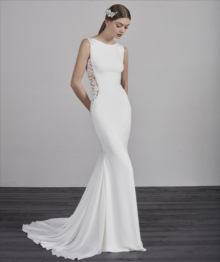 7eb3281febd84 Kathy de Stafford bridal wear - Dublins Leading Wedding Dress ...