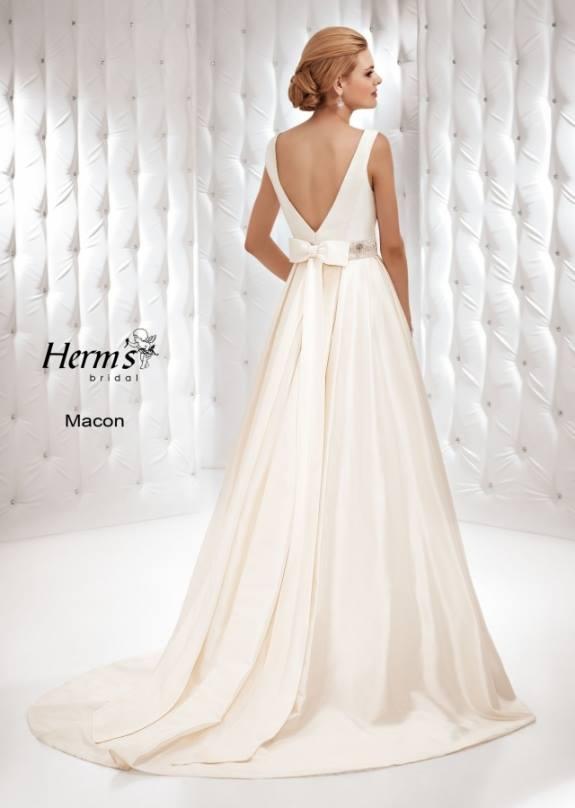 Kathy de stafford bridal wear dublins leading wedding for Wedding dresses macon ga